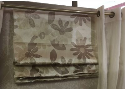 Roman Shade of Heavey Upholstry Fabric